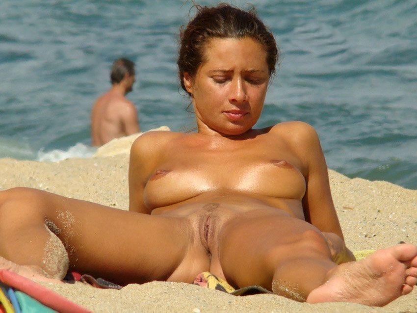 Talk Public nude legs spread
